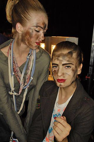Jeremy Scott Spring 2008 Ready-to-wear Backstage - 003