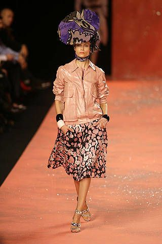 Christian Lacroix Spring 2008 Ready&#45&#x3B;to&#45&#x3B;wear Collections &#45&#x3B; 003