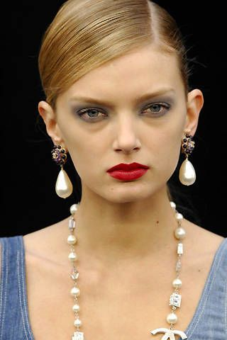 Chanel Spring 2008 Ready&#45&#x3B;to&#45&#x3B;wear Detail &#45&#x3B; 002