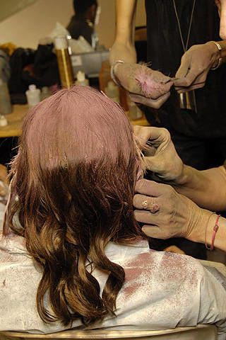 Nina Ricci Spring 2008 Ready-to-wear Backstage - 002