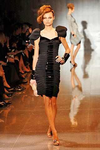 Giorgio Armani PrivÃ{{{copy}}} Spring 2008 Haute Couture Collections - 003