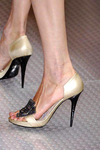 Giorgio Armani PrivÃ{{{copy}}} Spring 2008 Haute Couture Detail - 002