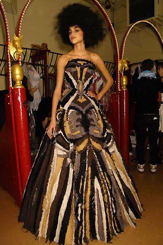Franck Sorbier Spring 2008 Haute Couture Backstage - 002