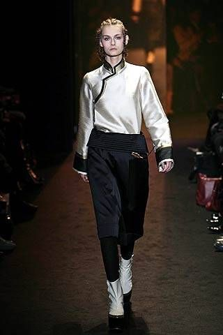 Tsumori Chisato Fall 2007 Ready-to-wear Collections - 001