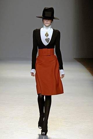 Giambattista Valli Fall 2007 Ready&#45&#x3B;to&#45&#x3B;wear Collections &#45&#x3B; 001