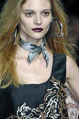 Mariella Burani Fall 2007 Ready-to-wear Detail - 001