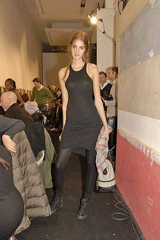 Marni Fall 2007 Ready-to-wear Backstage - 001