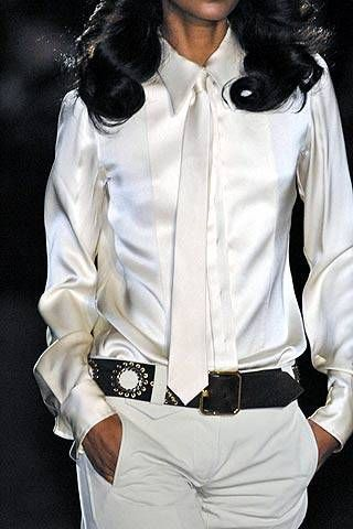 Roberto Cavalli Fall 2007 Ready&#45&#x3B;to&#45&#x3B;wear Detail &#45&#x3B; 001