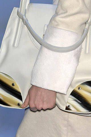Trussardi Fall 2007 Ready-to-wear Detail - 001