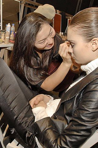 Belstaff Fall 2007 Ready-to-wear Backstage - 001