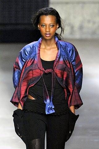 Issey Miyake Fall 2007 Ready-to-wear Detail - 001