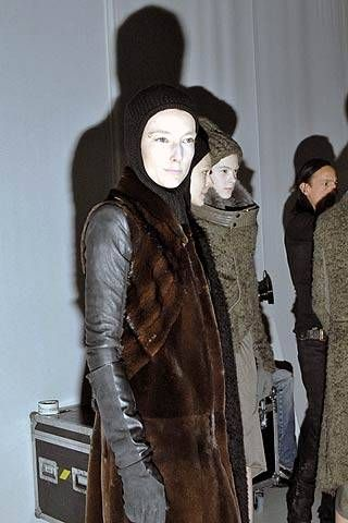 Owens Fall 2007 Ready-to-wear Backstage - 001
