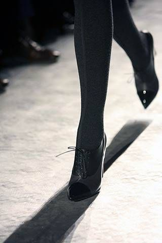 Yves Saint Laurent Fall 2007 Ready-to-wear Detail - 001