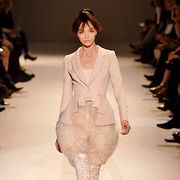 Givenchy Fall 2007 Haute Couture Collections - 001