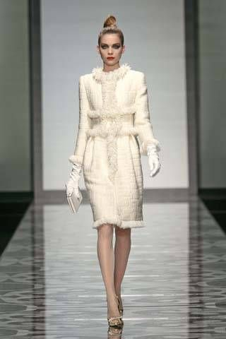 Valentino Fall 2007 Haute Couture Collections - 001