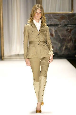 Brown, Sleeve, Shoulder, Khaki, Textile, Joint, Outerwear, Standing, Style, Collar,