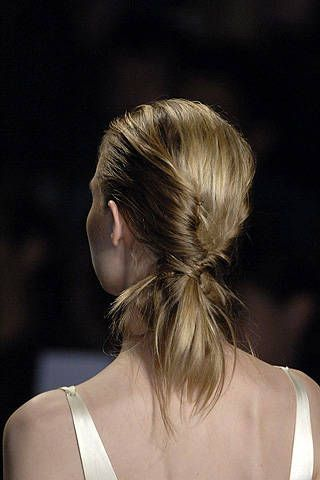 Max Azria Spring 2008 Ready-to-wear Detail - 001