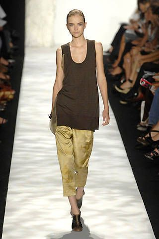 Vera Wang Spring 2008 Ready-to-wear Collections - 001