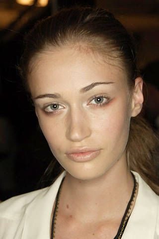 Max Azria Spring 2008 Ready-to-wear Backstage - 001