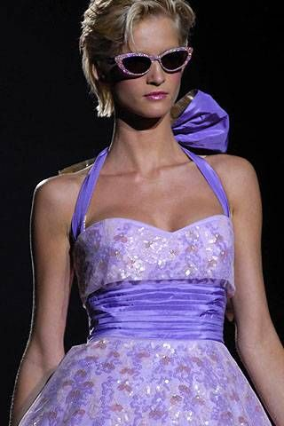 Betsey Johnson Spring 2008 Ready-to-wear Detail - 001