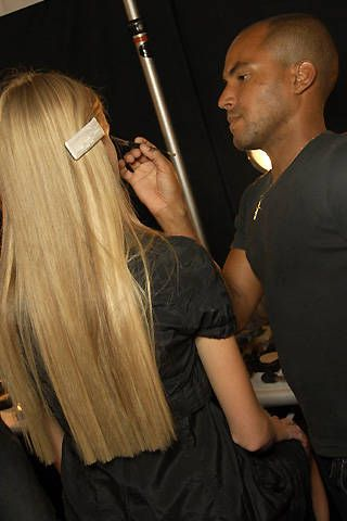 Luca Luca Spring 2008 Ready-to-wear Backstage - 001