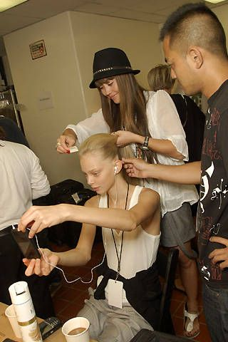 Malo Spring 2008 Ready-to-wear Backstage - 001