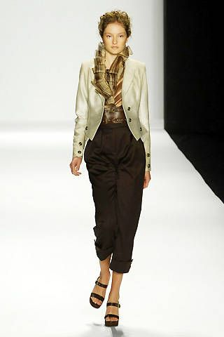 Carmen Marc Valvo Spring 2008 Ready-to-wear Collections - 001