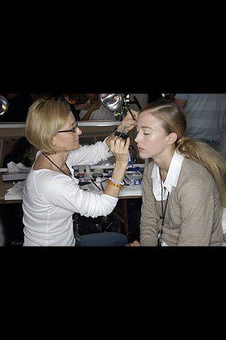 Donna Karan Spring 2008 Ready-to-wear Backstage - 001