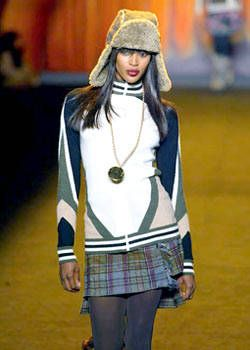 Anna Sui Fall 2003 Ready-to-Wear Detail 0001