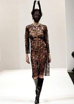 Boudicca Fall 2003 Ready-to-Wear Collections 0001