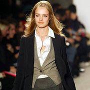 DKNY Fall 2003 Ready-to-Wear Detail 0001