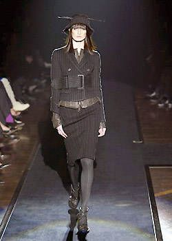 Gianfranco Ferre Fall 2003 Ready-to-Wear Collections 0001