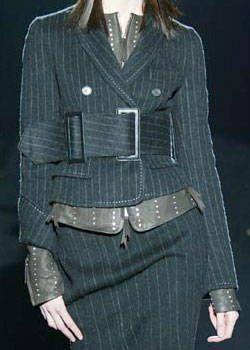 Gianfranco Ferre Fall 2003 Ready-to-Wear Detail 0001