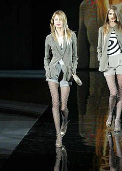 Giorgio Armani Fall 2003 Ready&#45&#x3B;to&#45&#x3B;Wear Collections 0001