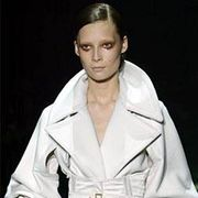 Gucci Fall 2003 Ready-to-Wear Detail 0001