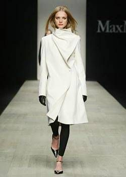 Max Mara Fall 2003 Ready-to-Wear Collections 0001