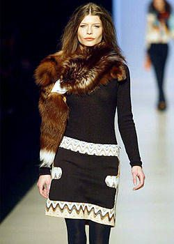 Missoni Fall 2003 Ready-to-Wear Detail 0001
