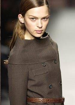 Prada Fall 2003 Ready-to-Wear Detail 0001