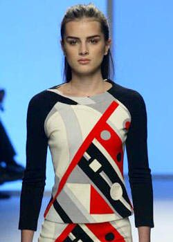 Pucci Fall 2003 Ready-to-Wear Detail 0001