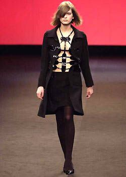 Roland Mouret Fall 2003 Ready&#45&#x3B;to&#45&#x3B;Wear Collections 0001