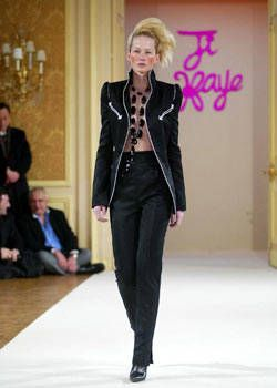 Ji Haye Spring 2003 Haute Couture Collections 0001