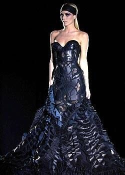 Versace Spring 2003 Haute Couture Collections 0001