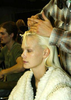 Celine Fall 2003 Ready-to-Wear Backstage 0001