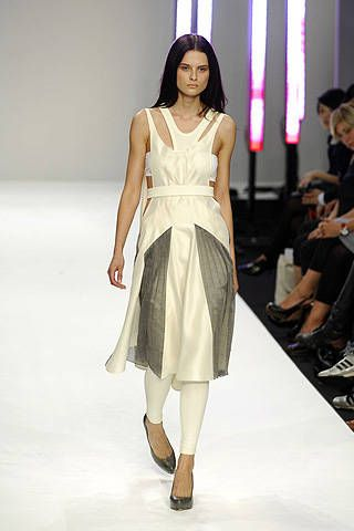 Modernist Spring 2008 Ready-to-wear Collections - 001