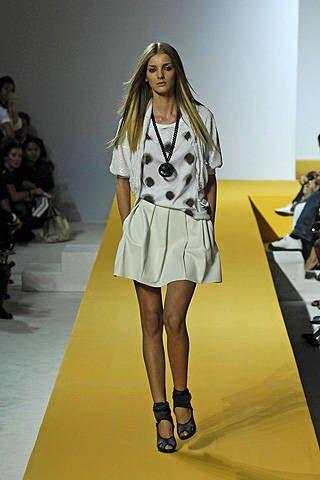 Clothing, Footwear, Leg, Fashion show, Shoulder, Human leg, Joint, Runway, Fashion model, Style,