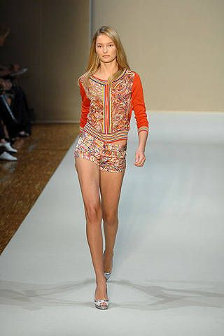 Collette Dinnigan Spring 2008 Ready&#45&#x3B;to&#45&#x3B;wear Collections &#45&#x3B; 001