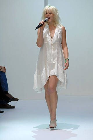 Vanessa Bruno Spring 2008 Ready-to-wear Collections - 001