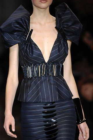 Giorgio Armani PrivÃ{{{copy}}} Spring 2008 Haute Couture Detail - 001