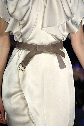 BCBG Max Azria Fall 2008 Ready-to-wear Detail - 001