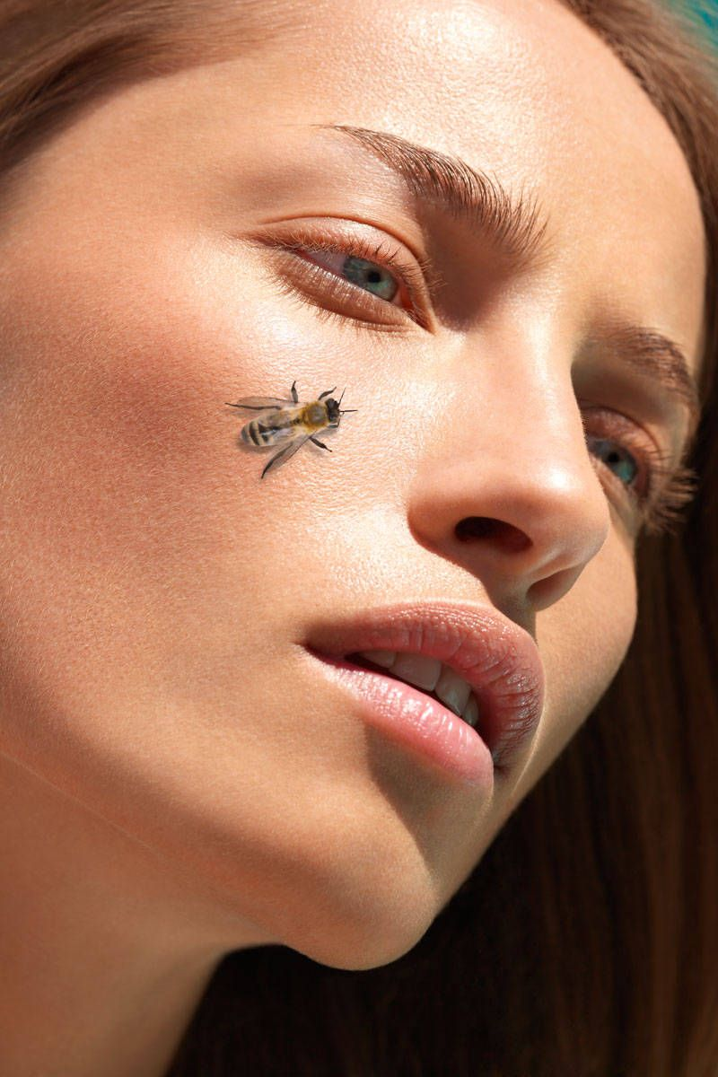 "Bee Venom and Manuka Honey Mix Promises ""Botox in a Bottle"""